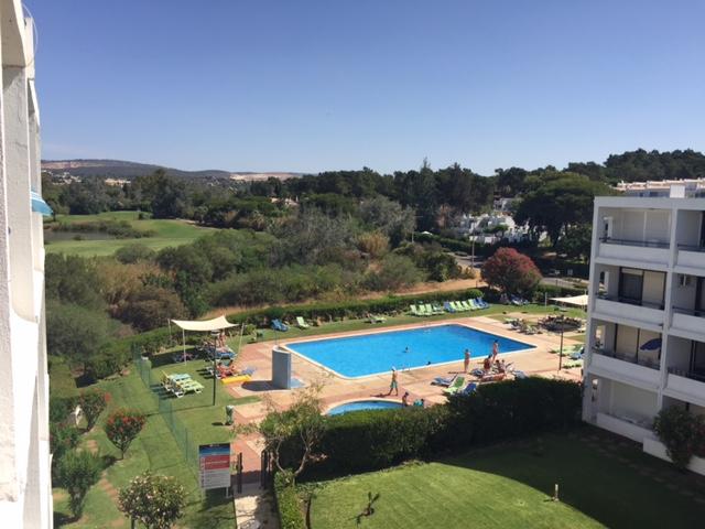 appartement met zwembad villamoura renovatieproject